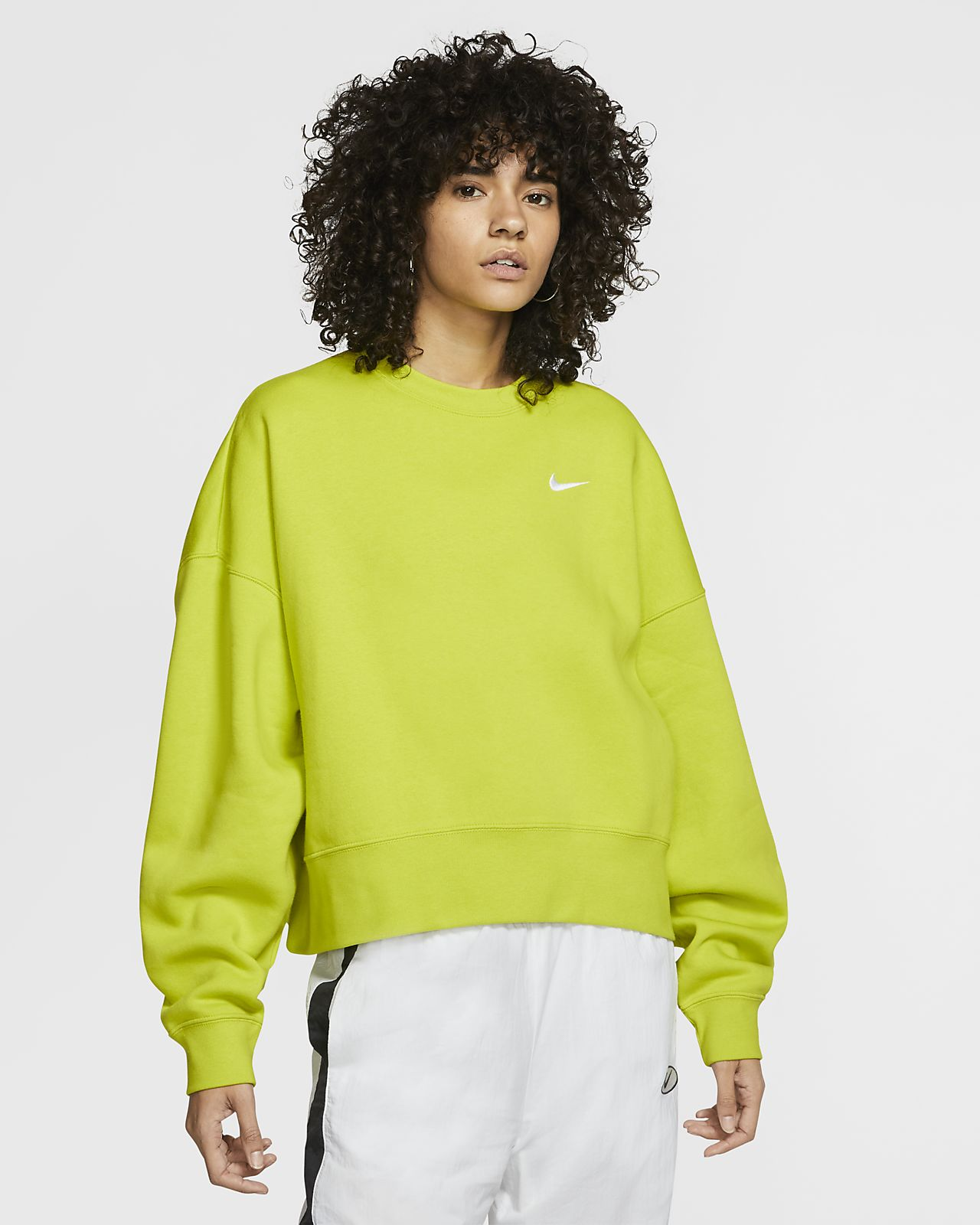 Fleecetröja Nike Sportswear Essential med rund hals för kvinnor