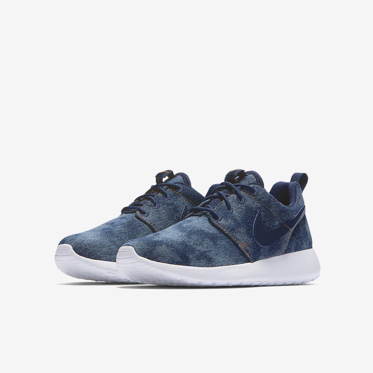... Nike Roshe One SE Big Kids' Shoe