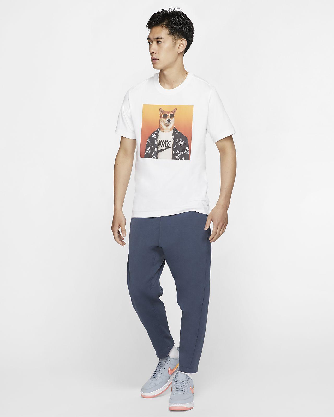 258e7fb317ef55 Nike Sportswear Men's T-Shirt. Nike.com ID