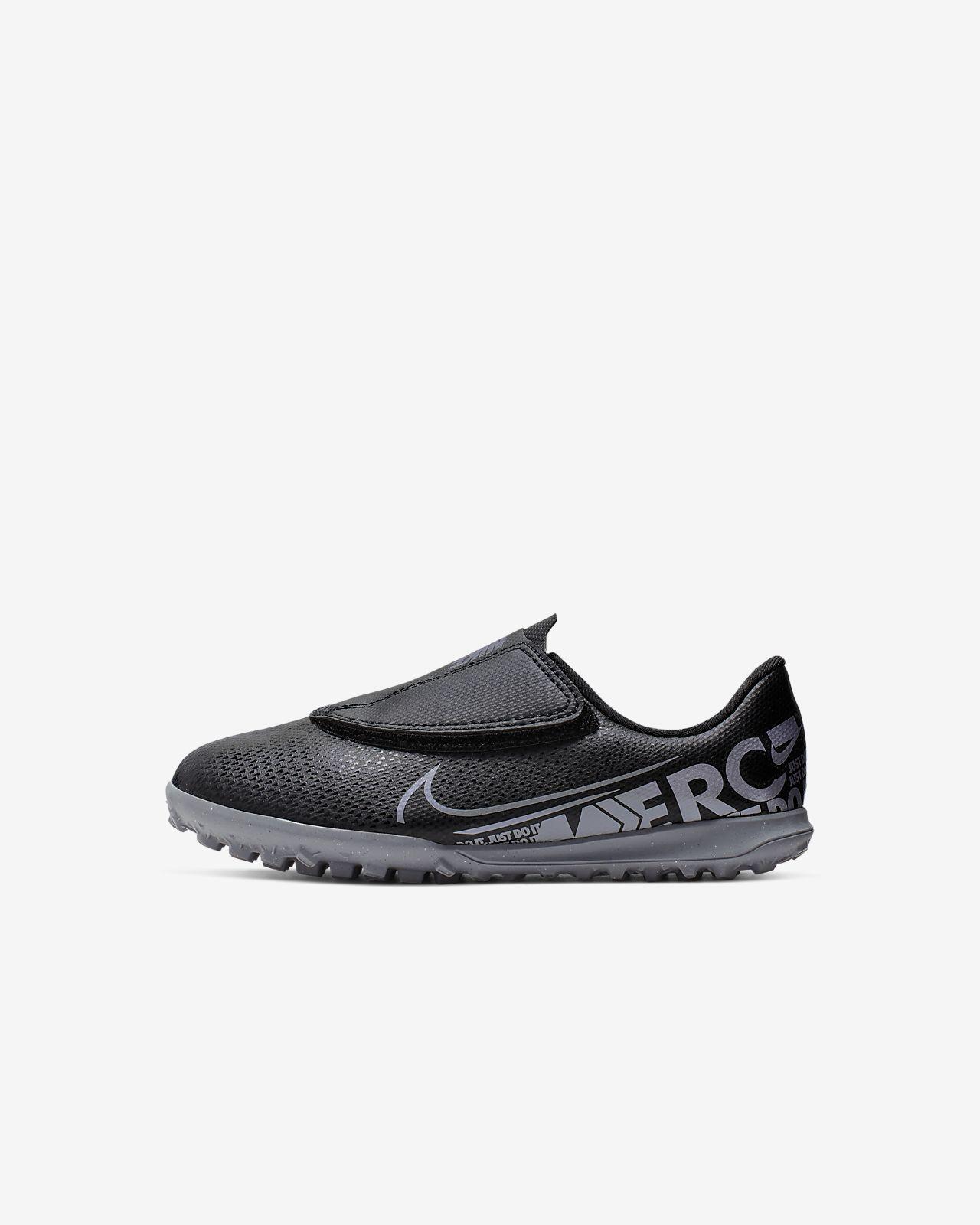 Fotbollssko för konstgräs Nike Jr. Mercurial Vapor 13 Club TF för baby/små barn