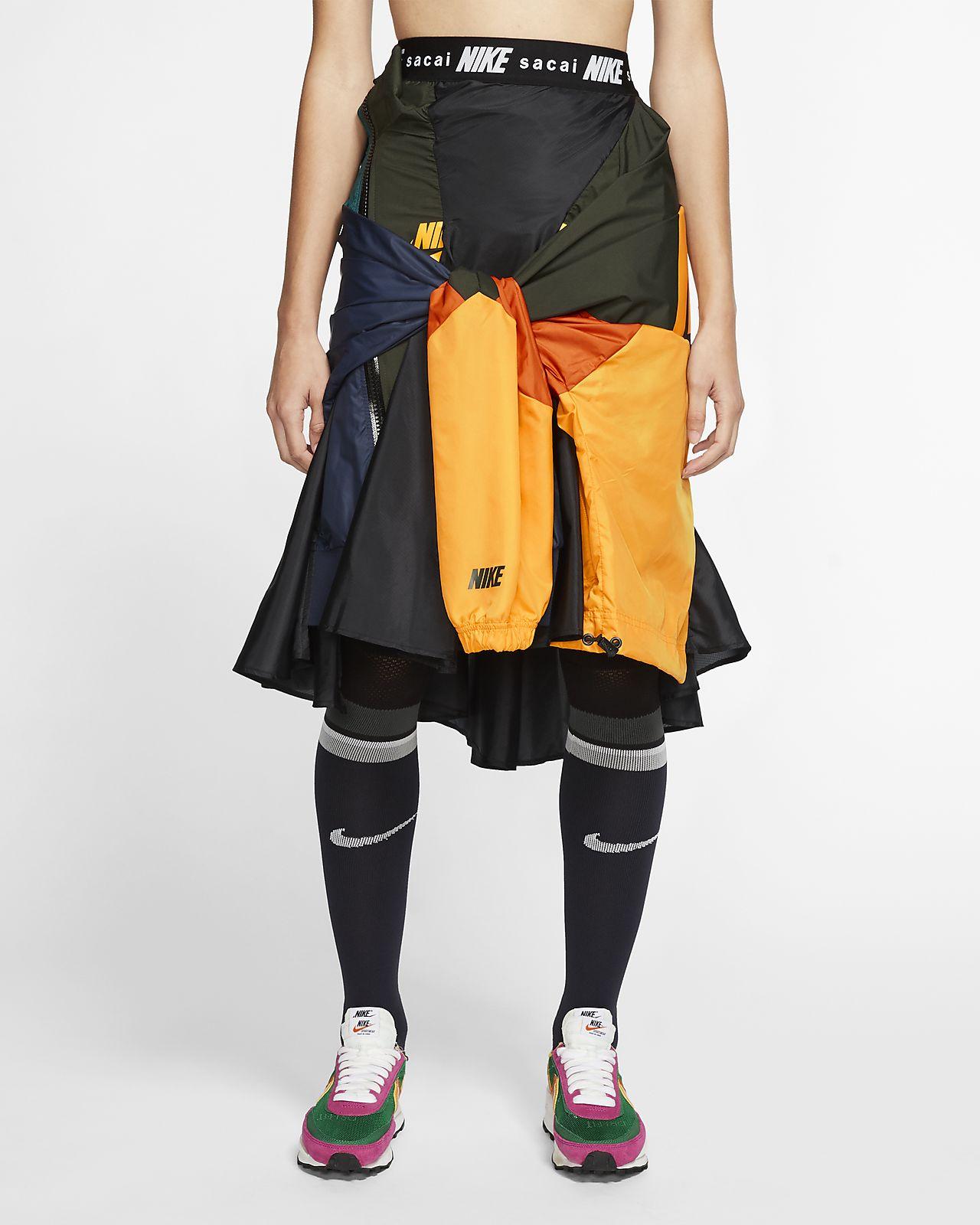 ナイキ x sacai ウィメンズスカート