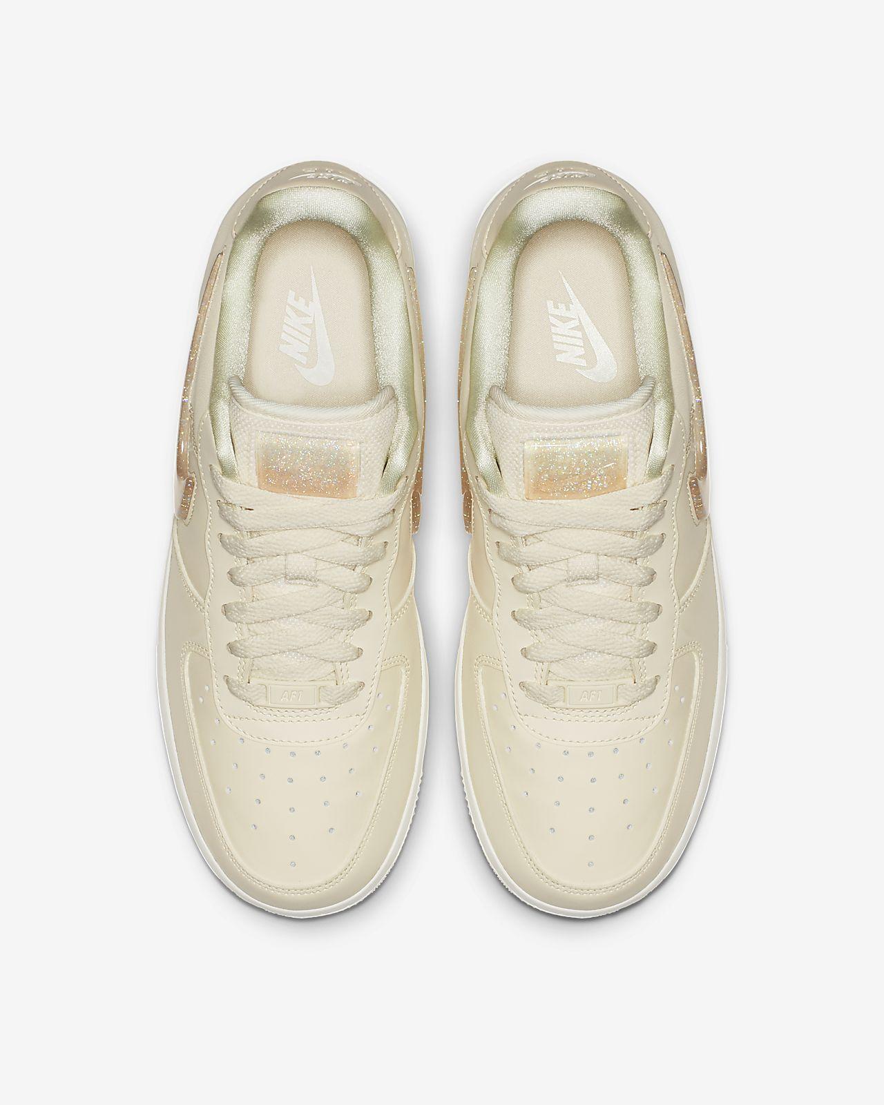 low priced 59939 2b332 ... Nike Air Force 1 07 SE Premium Womens Shoe