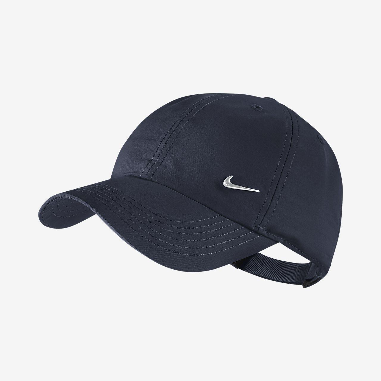 low priced ef662 83927 ... Casquette réglable Nike Metal Swoosh pour Enfant plus âgé