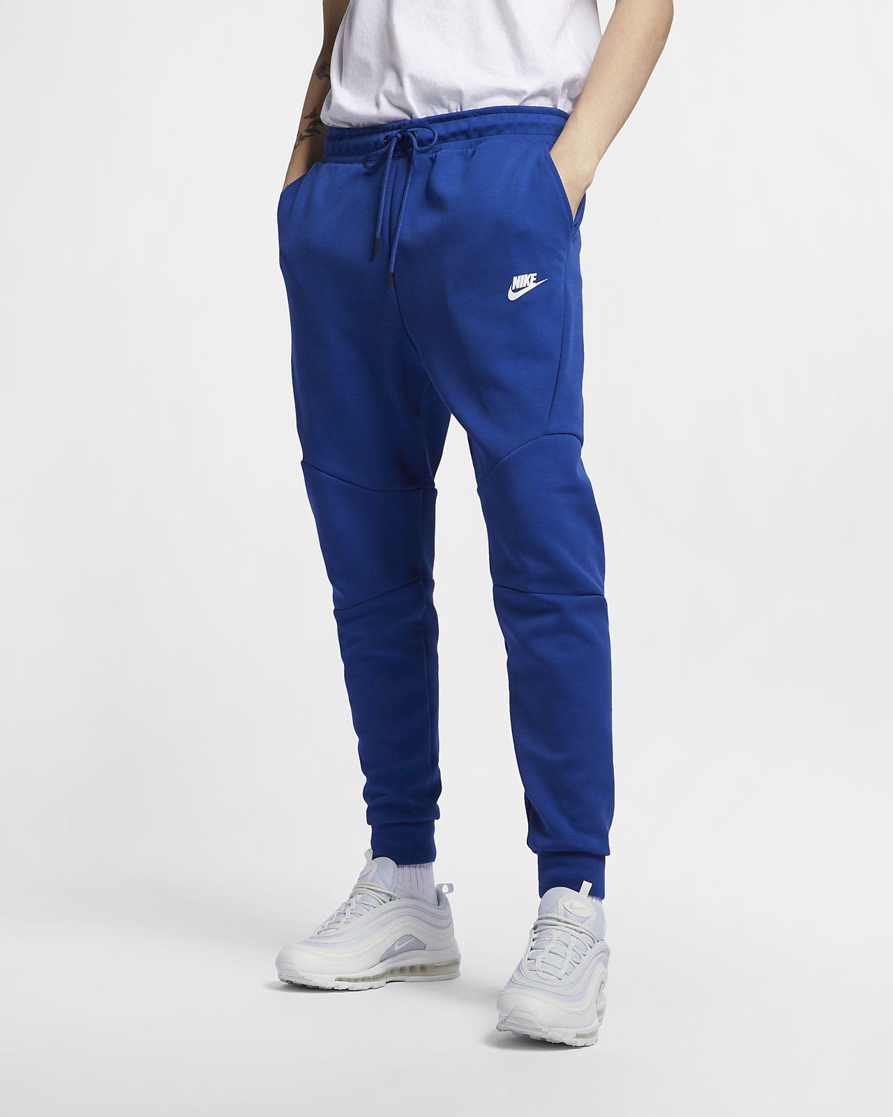 Joggingbyxor Nike Sportswear Tech Fleece för män