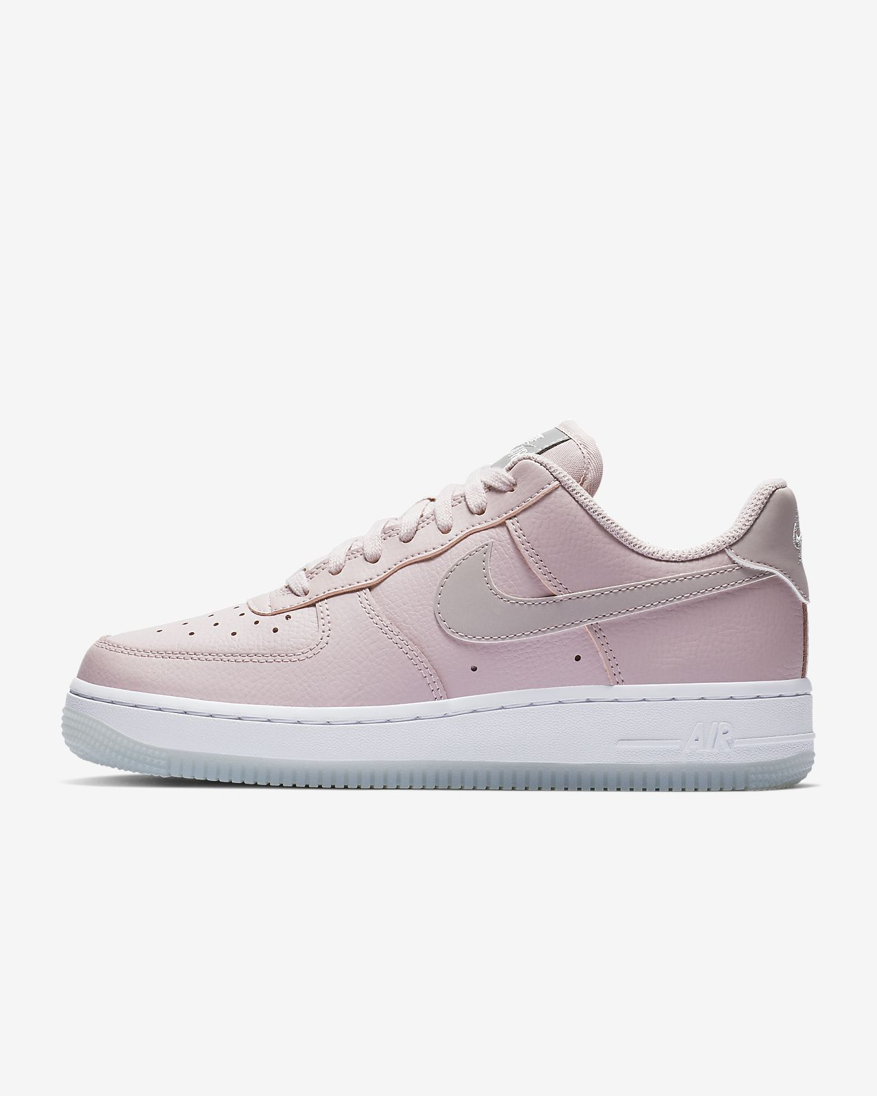 new product e34e5 cfeac ... Scarpa Nike Air Force 1  07 Essential  Donna Air Force 1 07 Wmns White  Purple Bianco ...