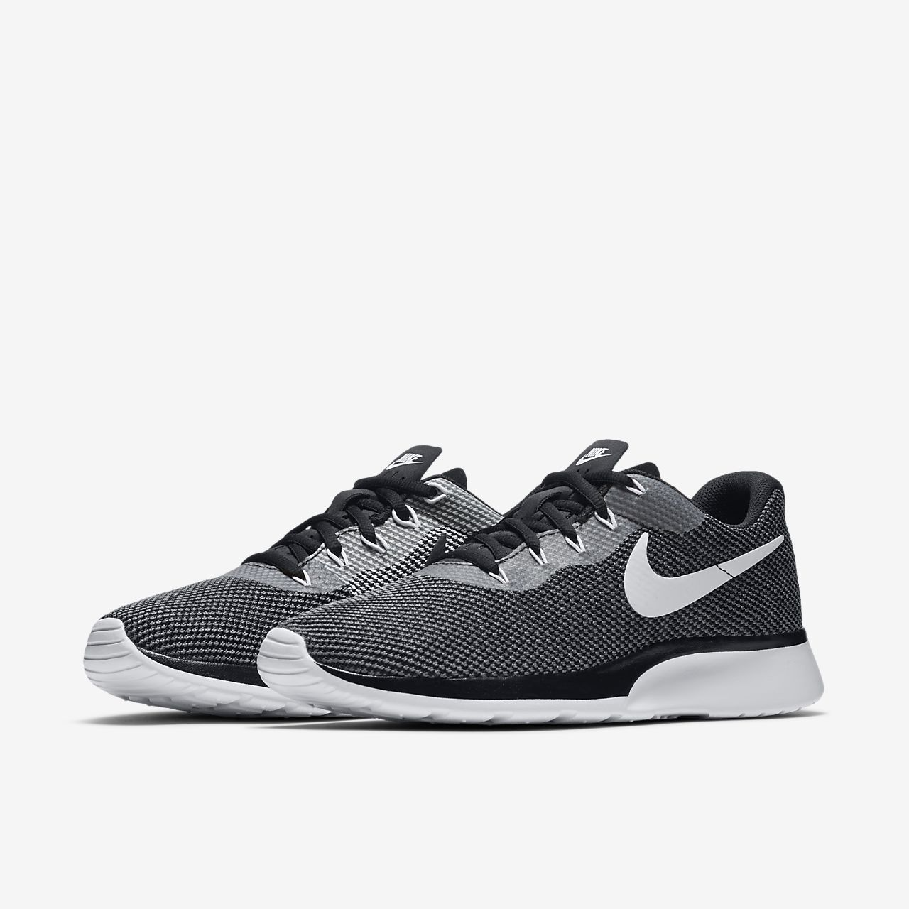 nike tanjun uomo black and white