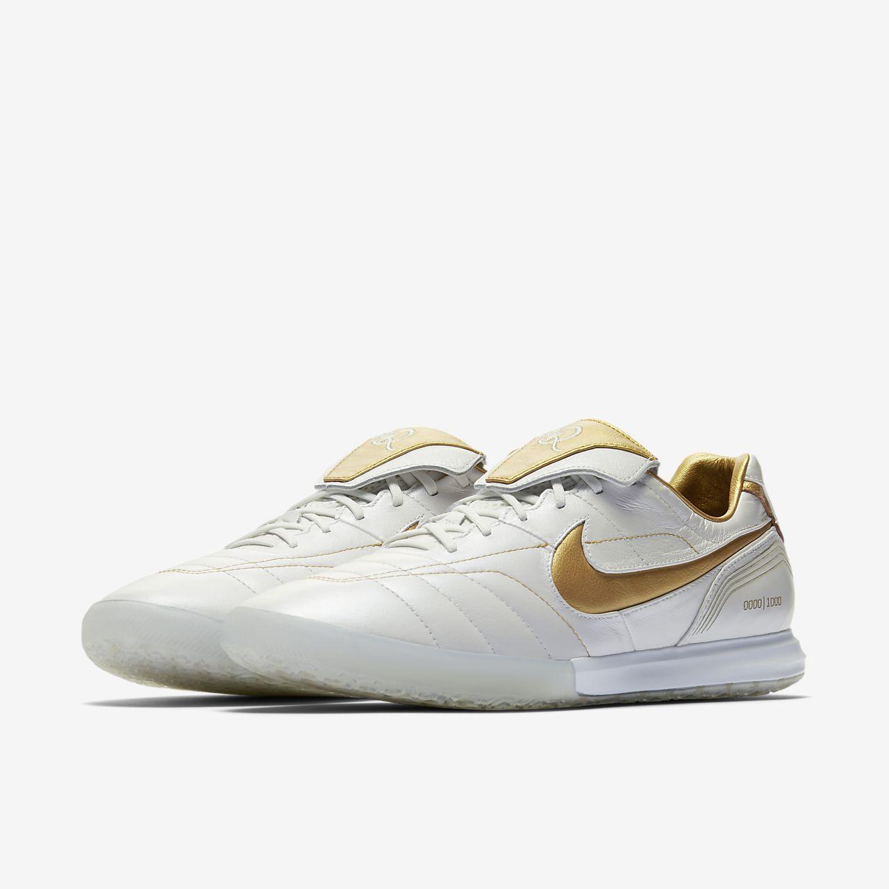 Nike Lunar Legend 7 Elite 10R IC IndoorCourt Football Shoe