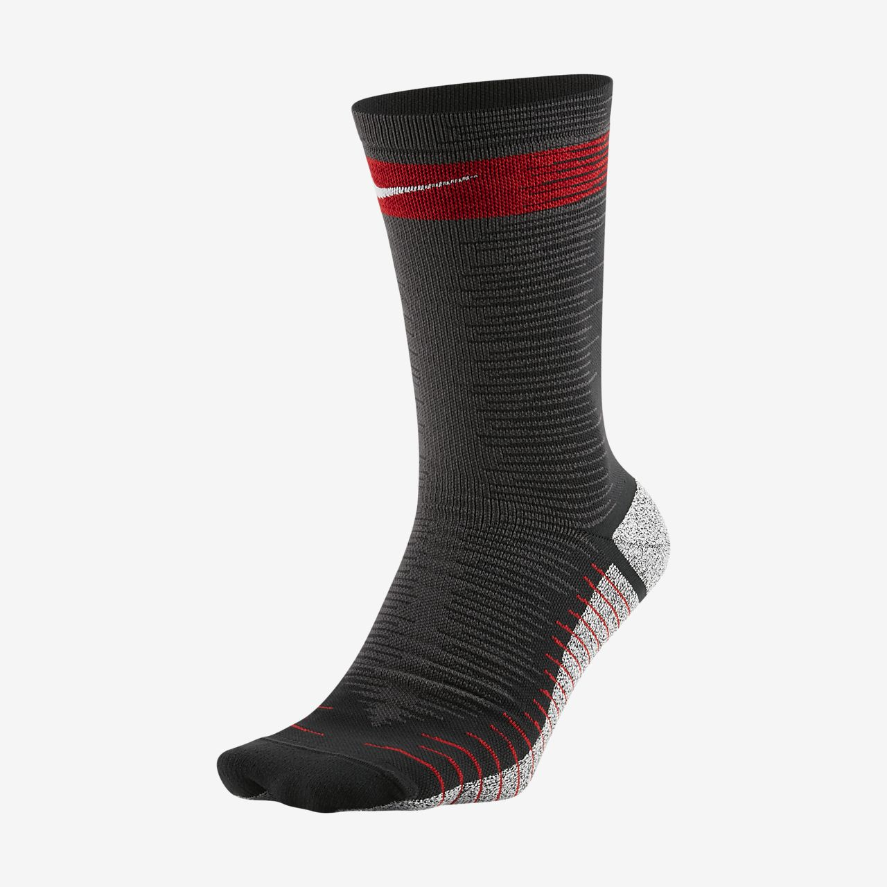 589f5aab9 NikeGrip Strike Light Crew Football Socks. Nike.com NL