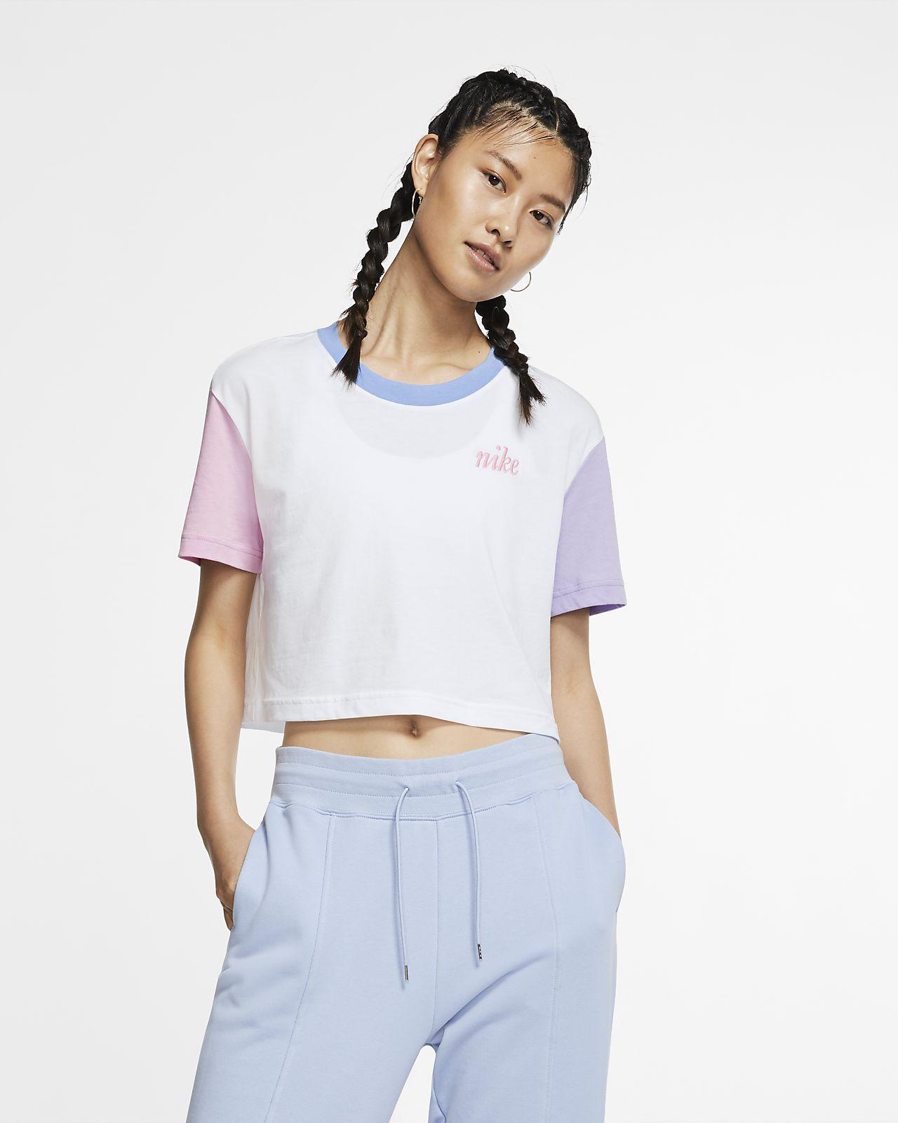 Playera corta para mujer Nike Sportswear Essential. Nike MX