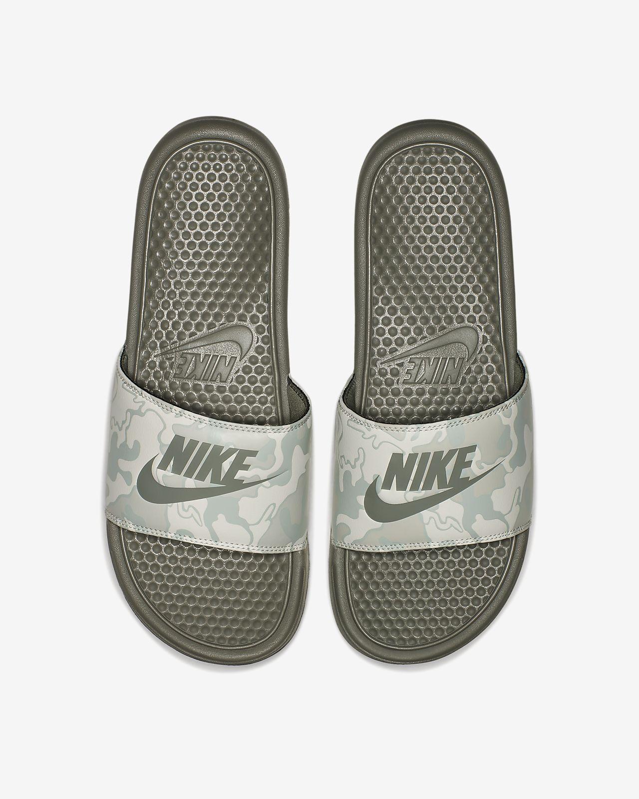 best sneakers bbb9c 16684 Nike Benassi Just Do It Print