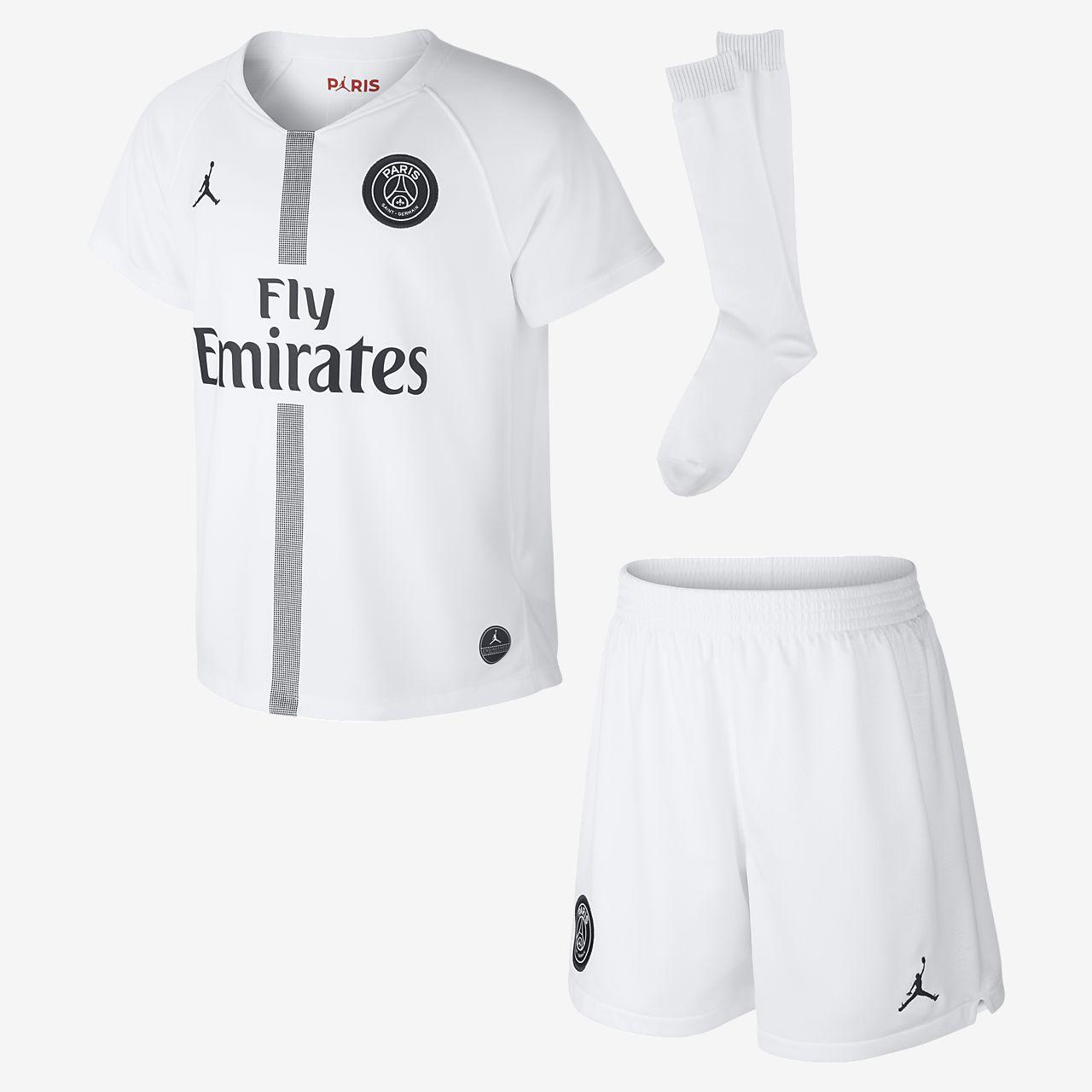 ... Kit de fútbol para niños talla pequeña alternativo Stadium del Paris  Saint-Germain 2018 d6415f2bf44a7