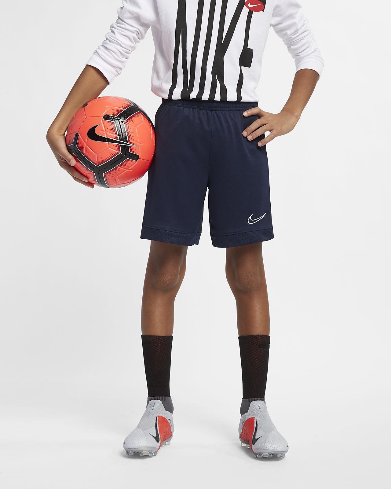 Ποδοσφαιρικό σορτς Nike Dri-FIT Academy για μεγάλα παιδιά