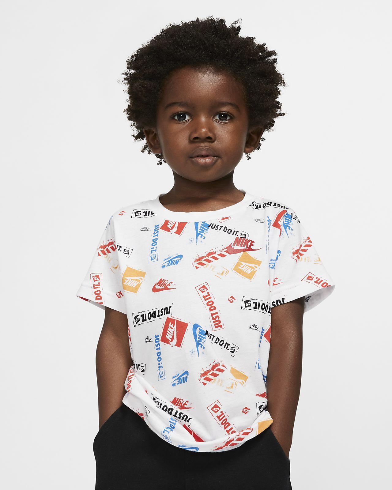 T-shirt med tryck Nike för små barn