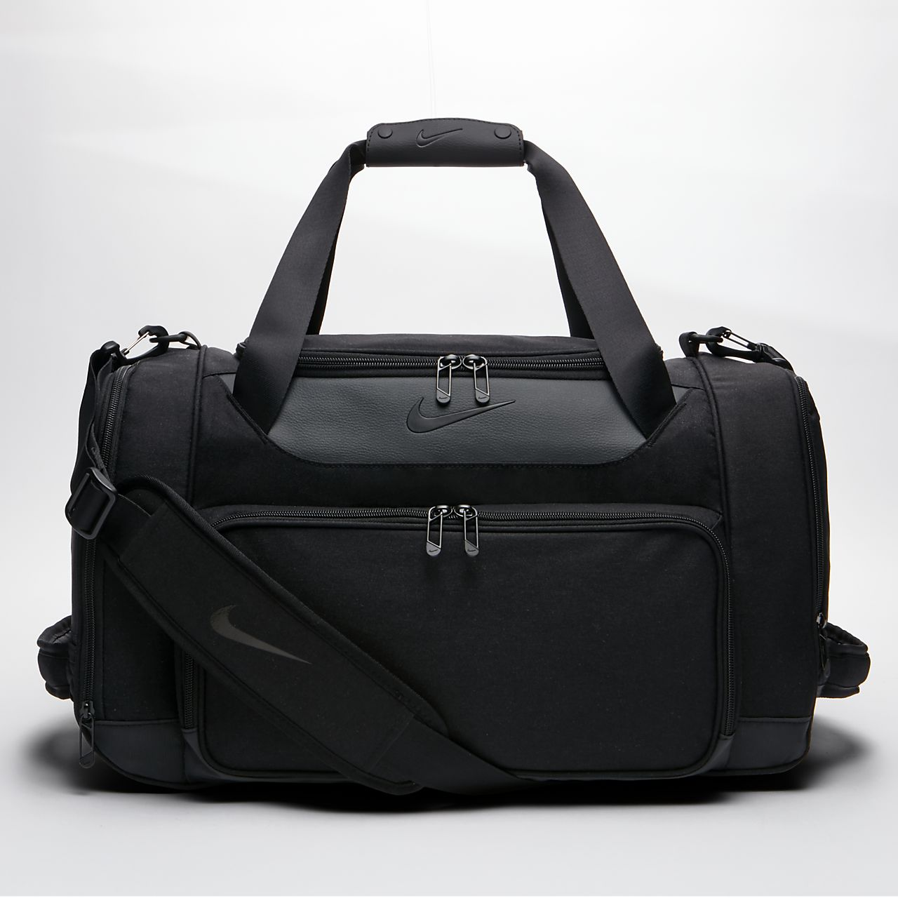Nike Departure III Duffel Bag. Nike.com IL 7d16b110db163