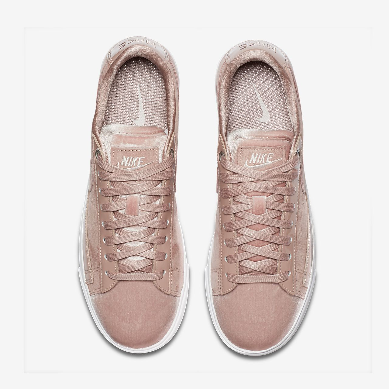 Nike Damen Baskets Blazer Low Lx