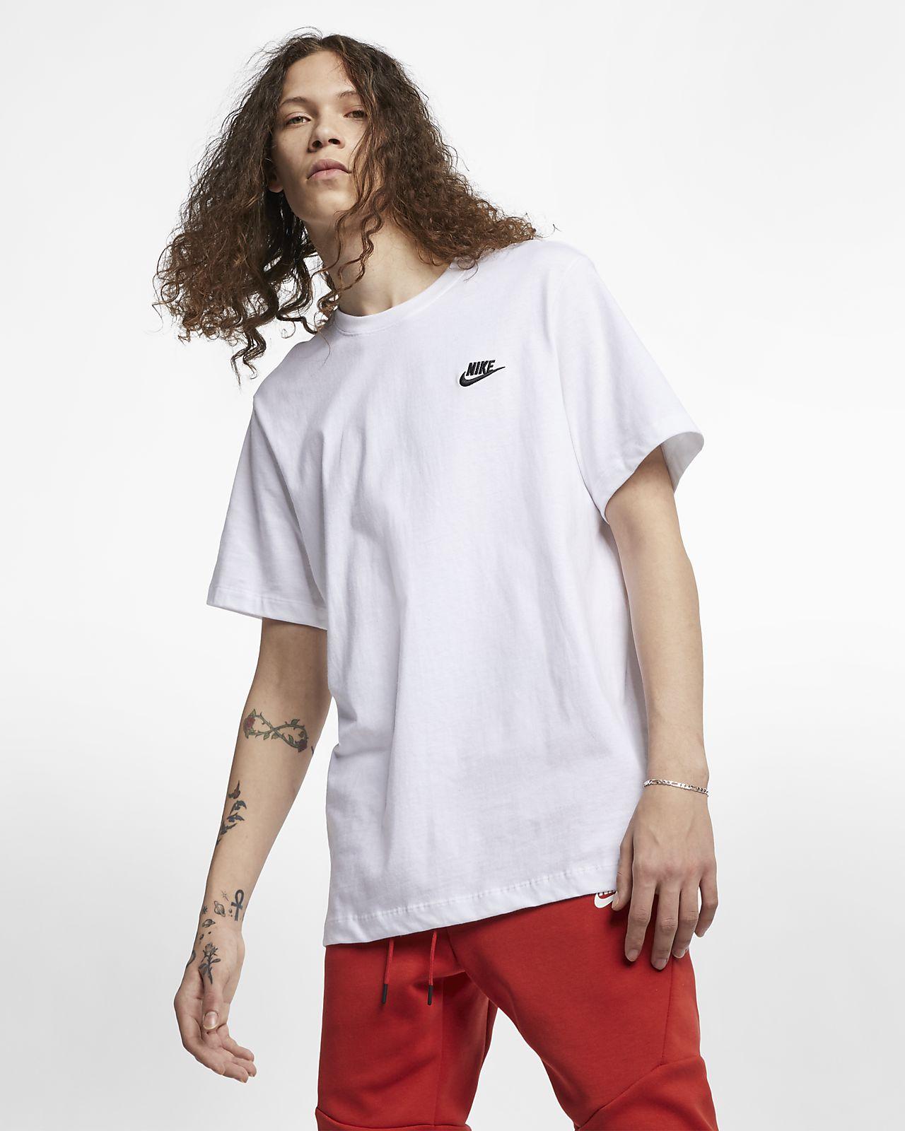 Nike Sportswear Club Herren T Shirt