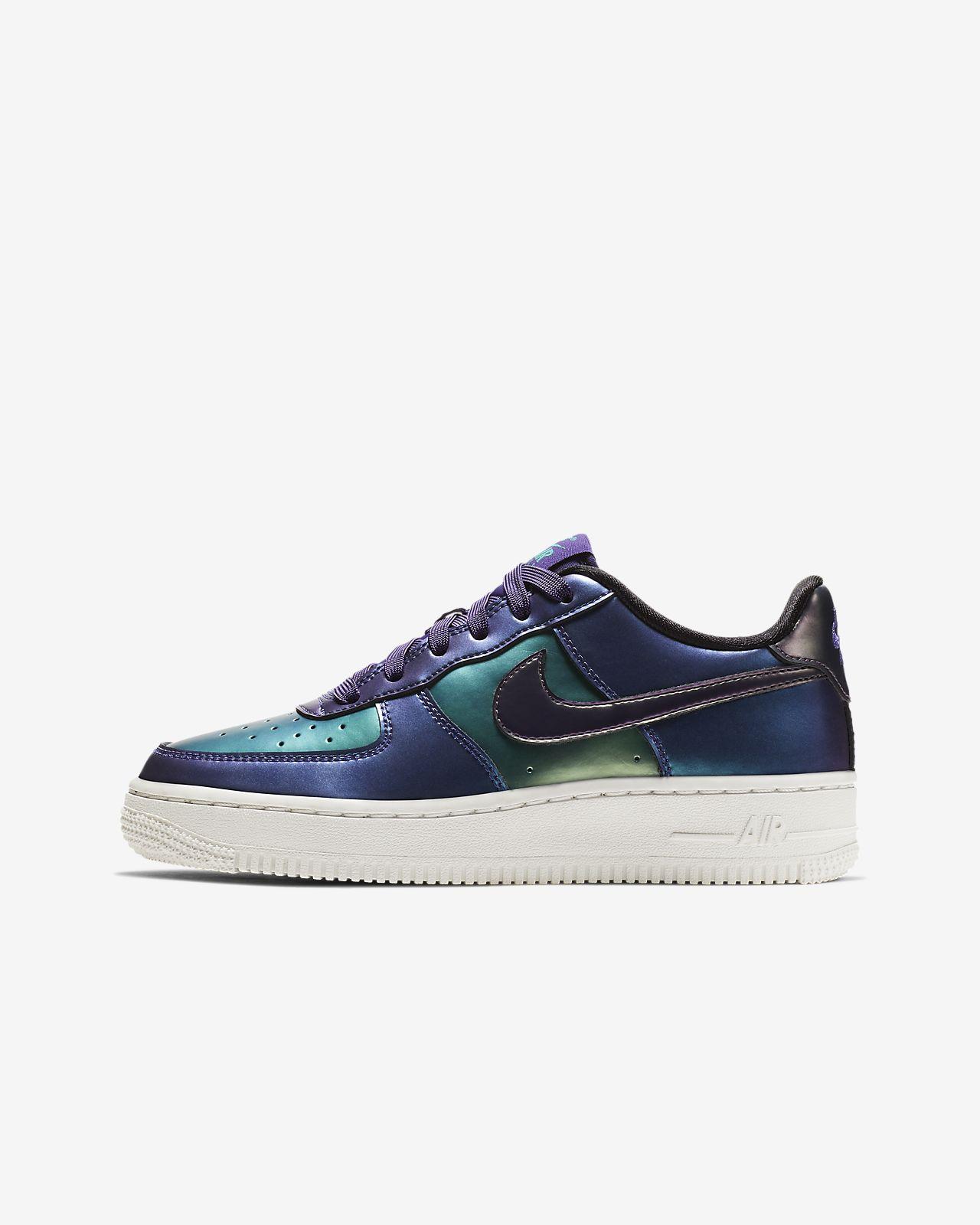 33d54d8d145d4c Older Kids  Shoe. Nike Air Force 1 LV8