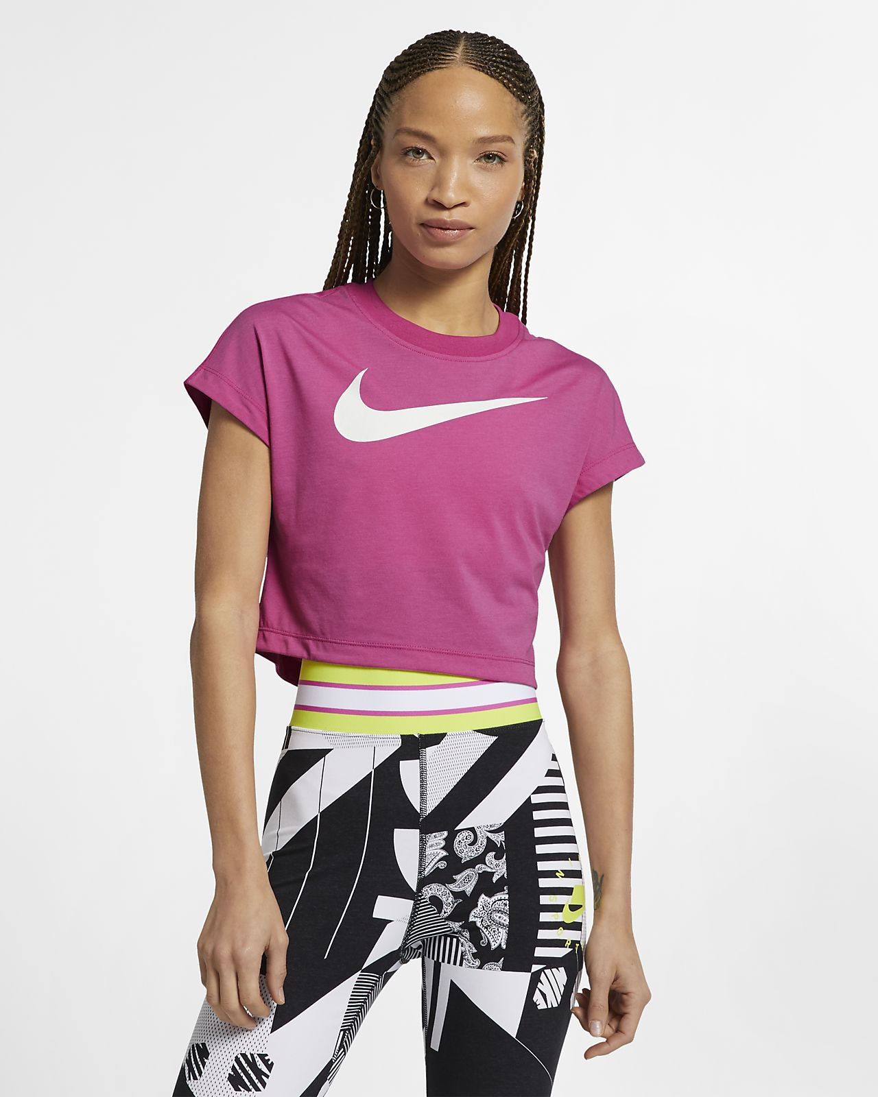fff3e0f3cc4641 Nike Sportswear Women s Swoosh Short-Sleeve Crop Top. Nike.com IN