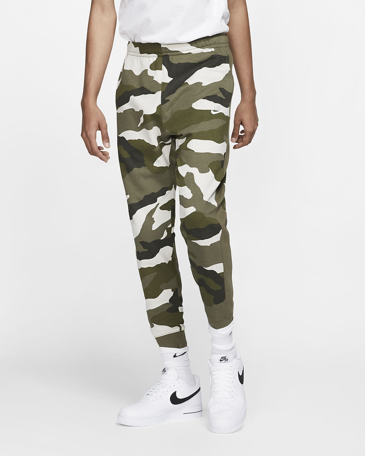8f1b303cc Nike Sportswear Club Men's French Terry Camo Joggers. Nike.com AT