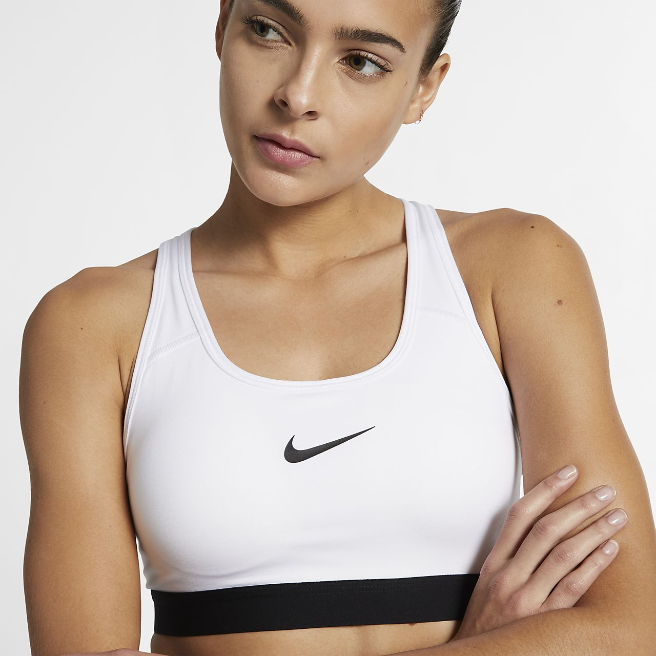 nike classic padded women 39 s medium support sports bra. Black Bedroom Furniture Sets. Home Design Ideas