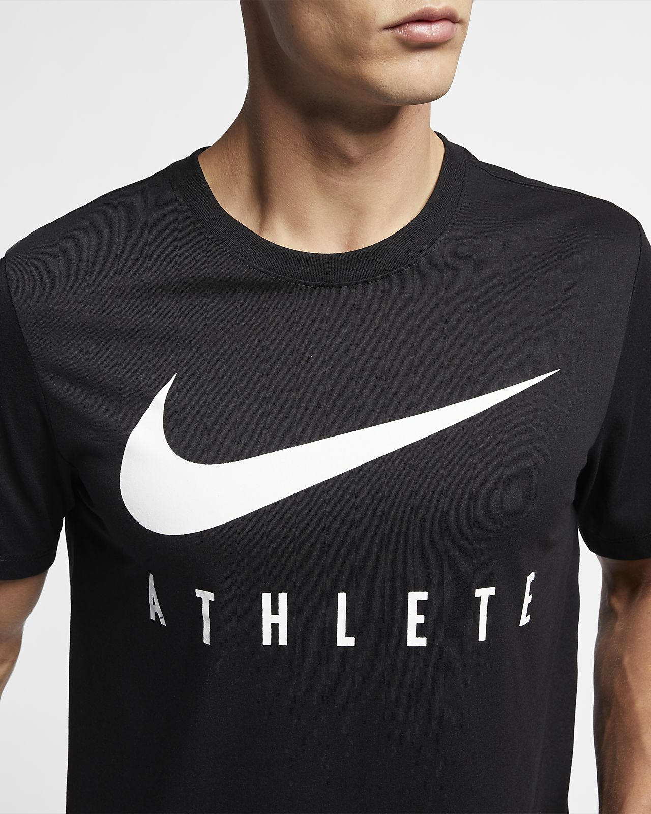 delicate colors promo codes the best Tee-shirt de training Nike Dri-FIT pour Homme. Nike BE