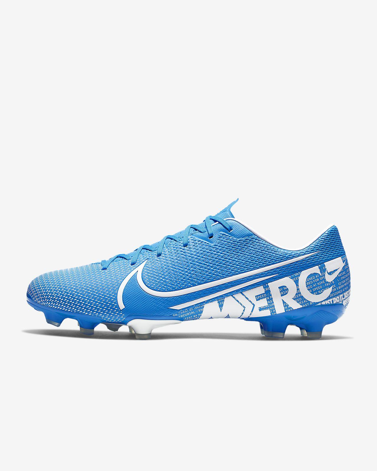 Футбольные бутсы для игры на разных покрытиях Nike Mercurial Vapor 13 Academy MG