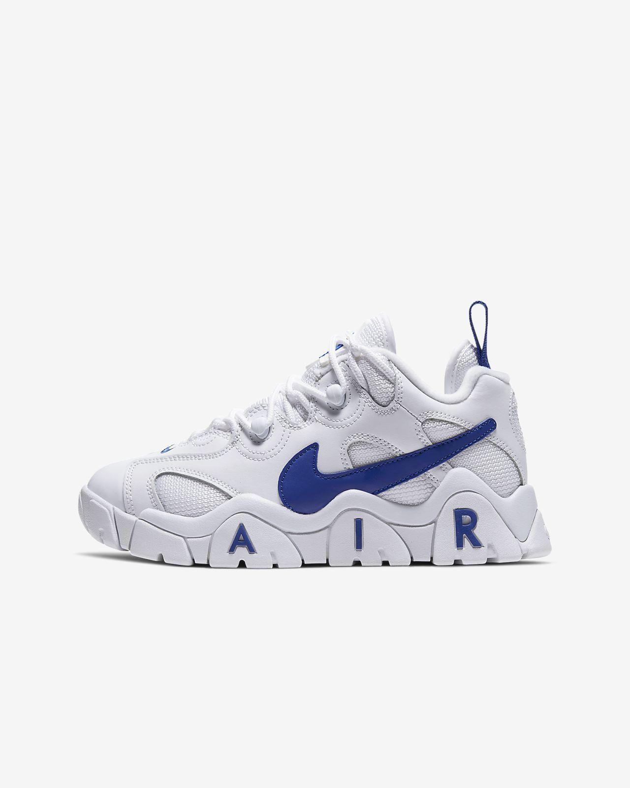 Nike Air Barrage Mid Women's Shoe