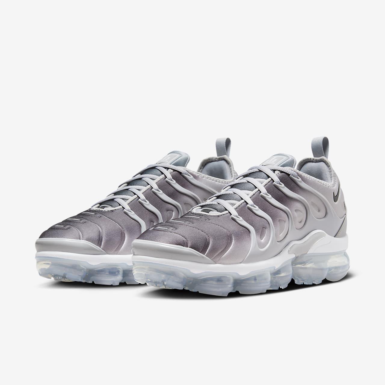 379c42f246d8c ... inexpensive nike air vapormax plus mens shoe eefc5 6e016