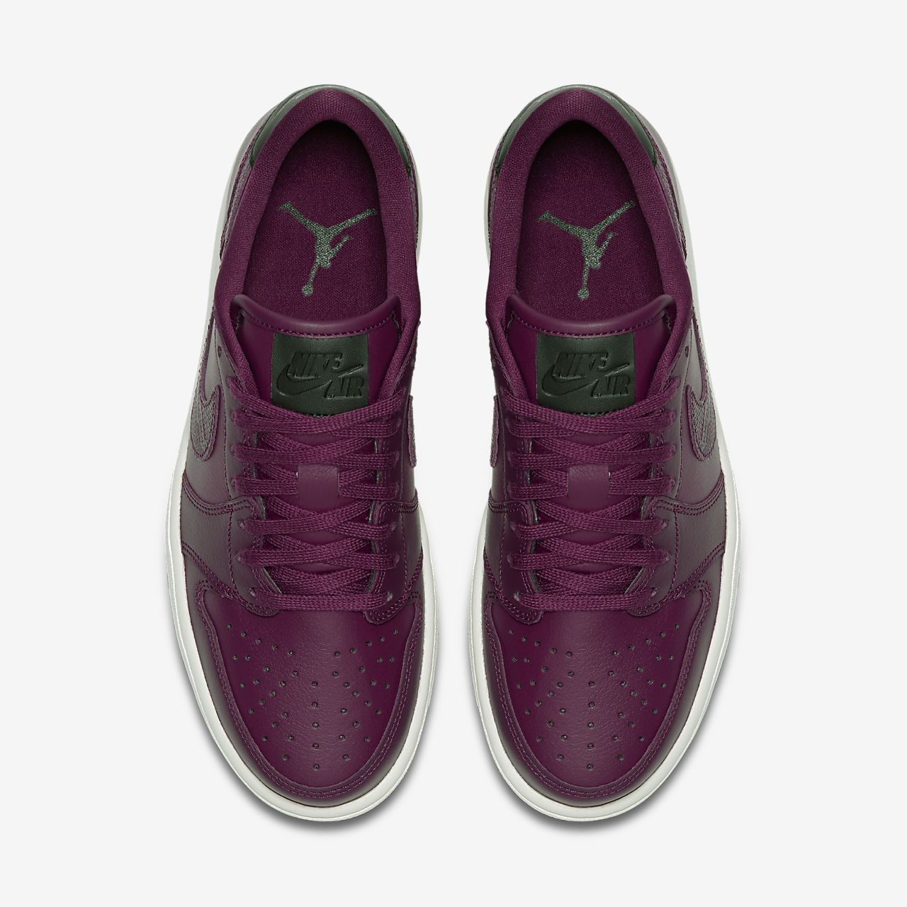 ecd314139db2 Air Jordan 1 Retro Low OG Women s Shoe. Nike.com LU
