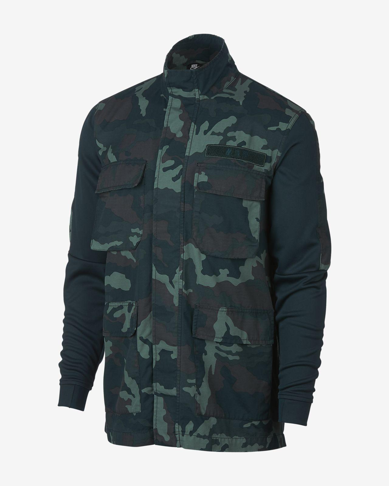 Chamarra con estampado de camuflaje para hombre Nike Sportswear NSW ... 00a6182398133
