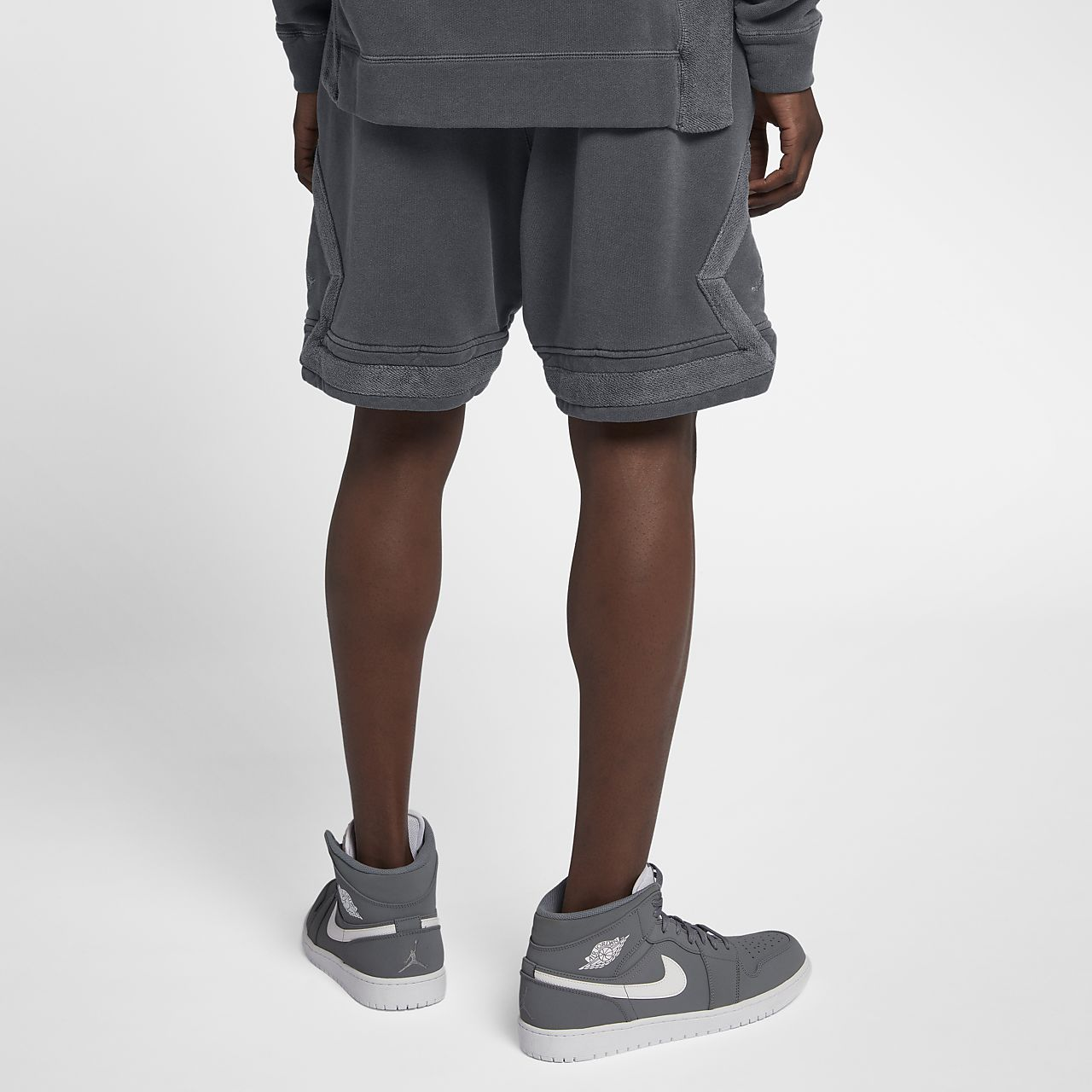 8e3aea7bbd8 Jordan Sportswear Diamond Men's Washed Fleece Shorts. Nike.com IN
