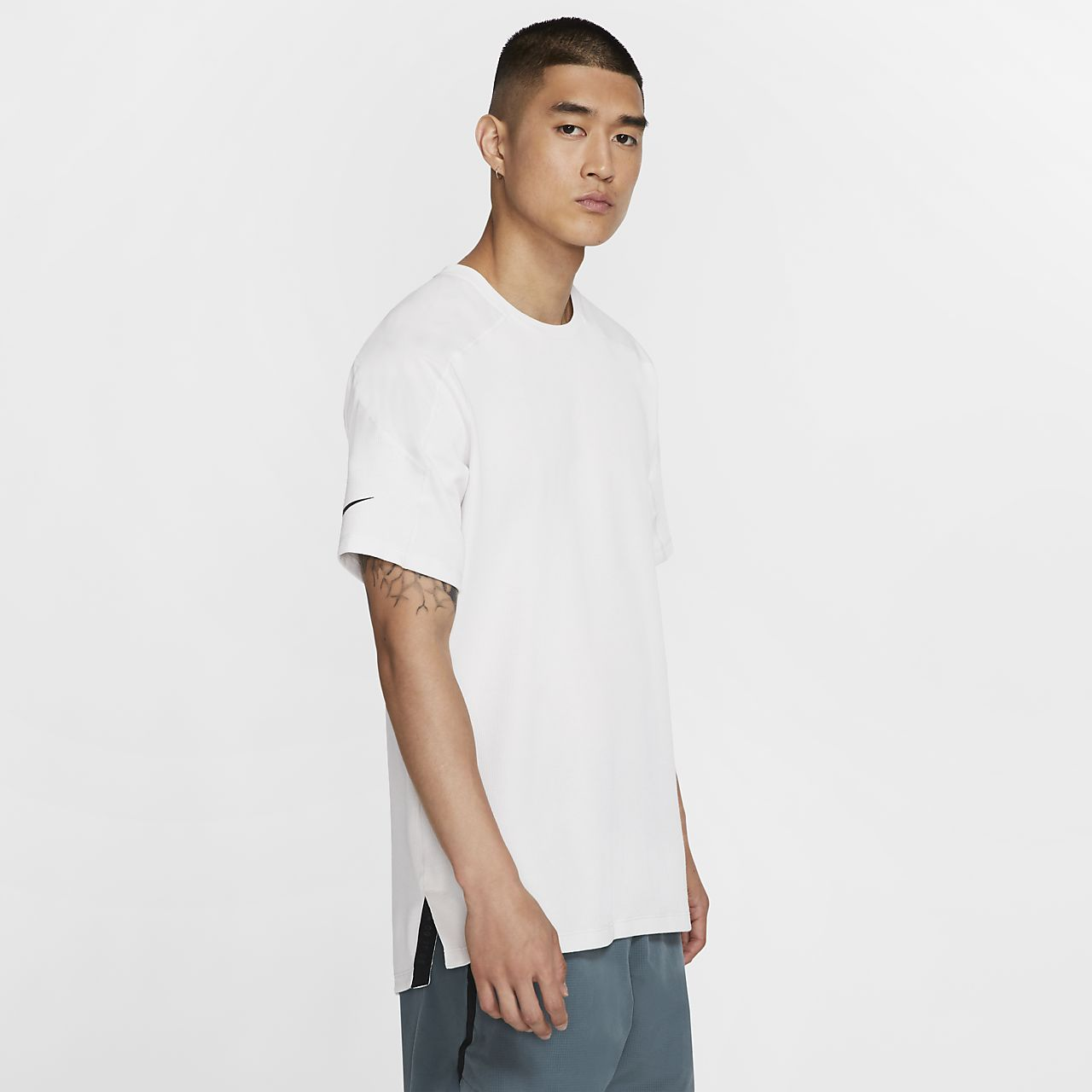 Camisola de treino de manga curta Nike Dri-FIT para homem