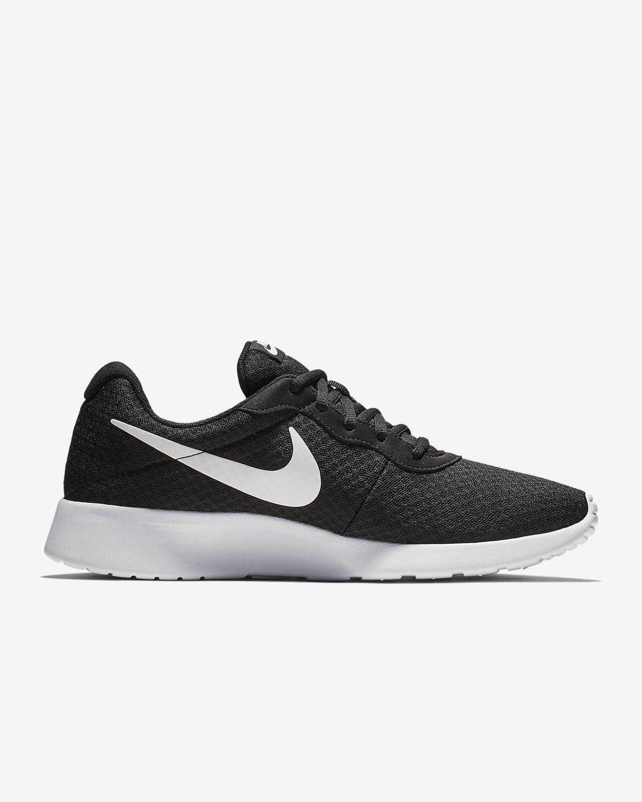 Tênis Feminino Nike 812655 011 Tanjun Preto branco