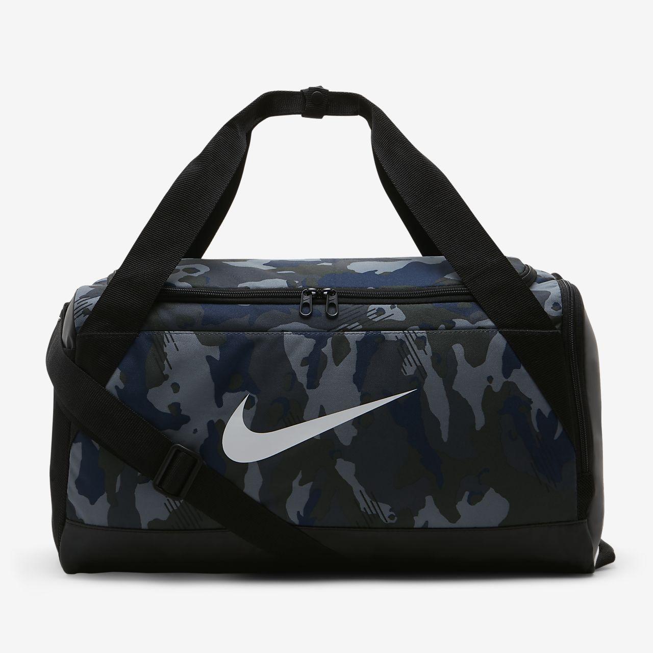 f95824effe9e Nike Brasilia (Small) Graphic Training Duffel Bag. Nike.com IE