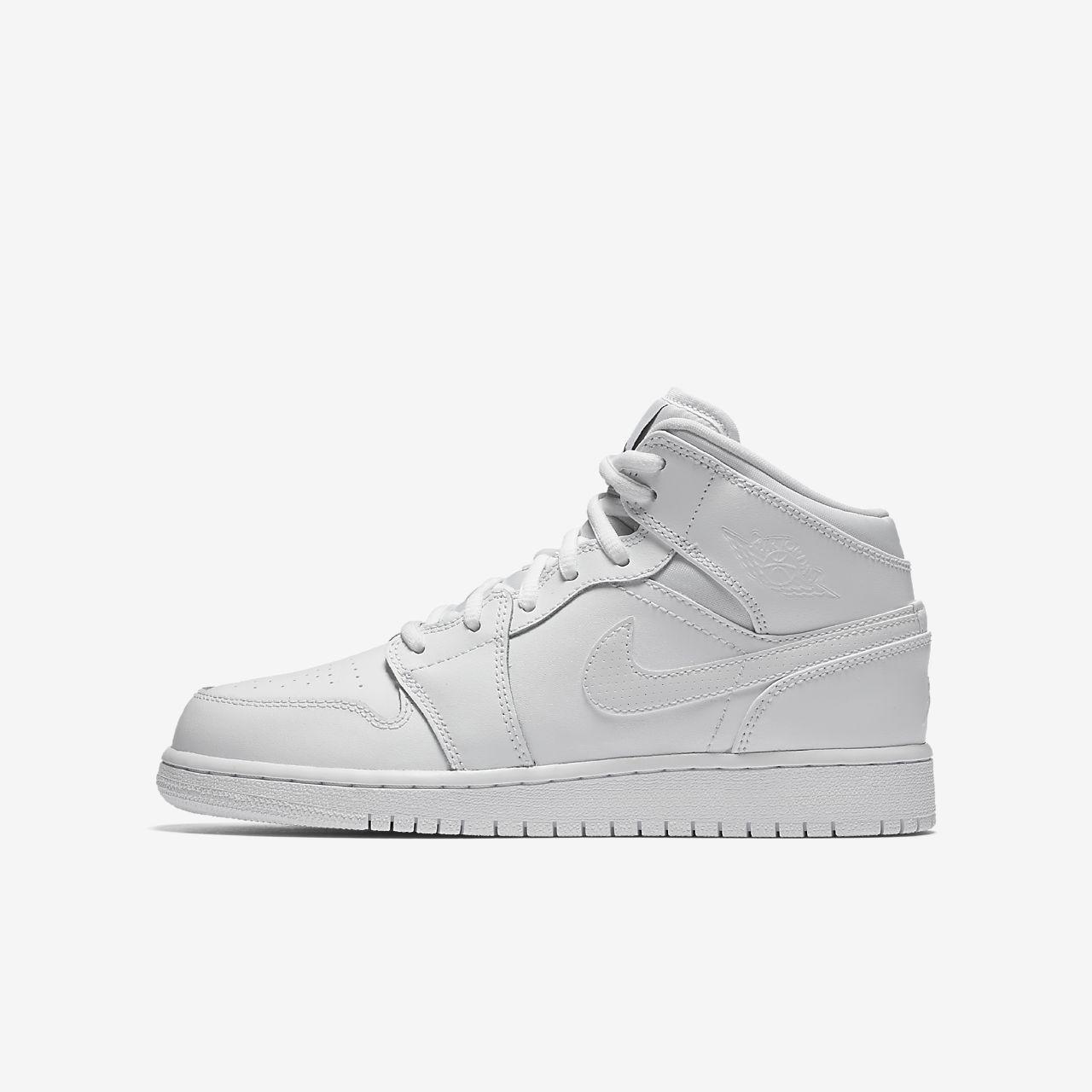online store bb5ba fa978 Air Jordan 1 Mid Older Kids Shoe ...