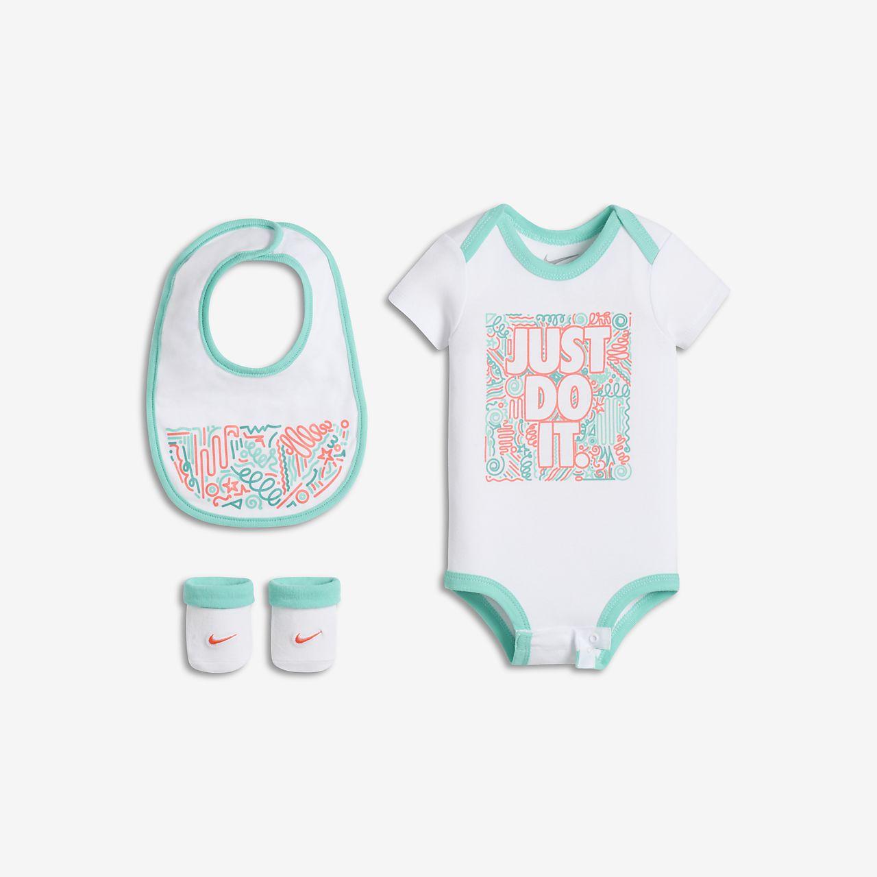 Tredelat set Nike Swoosh Squiggle för baby