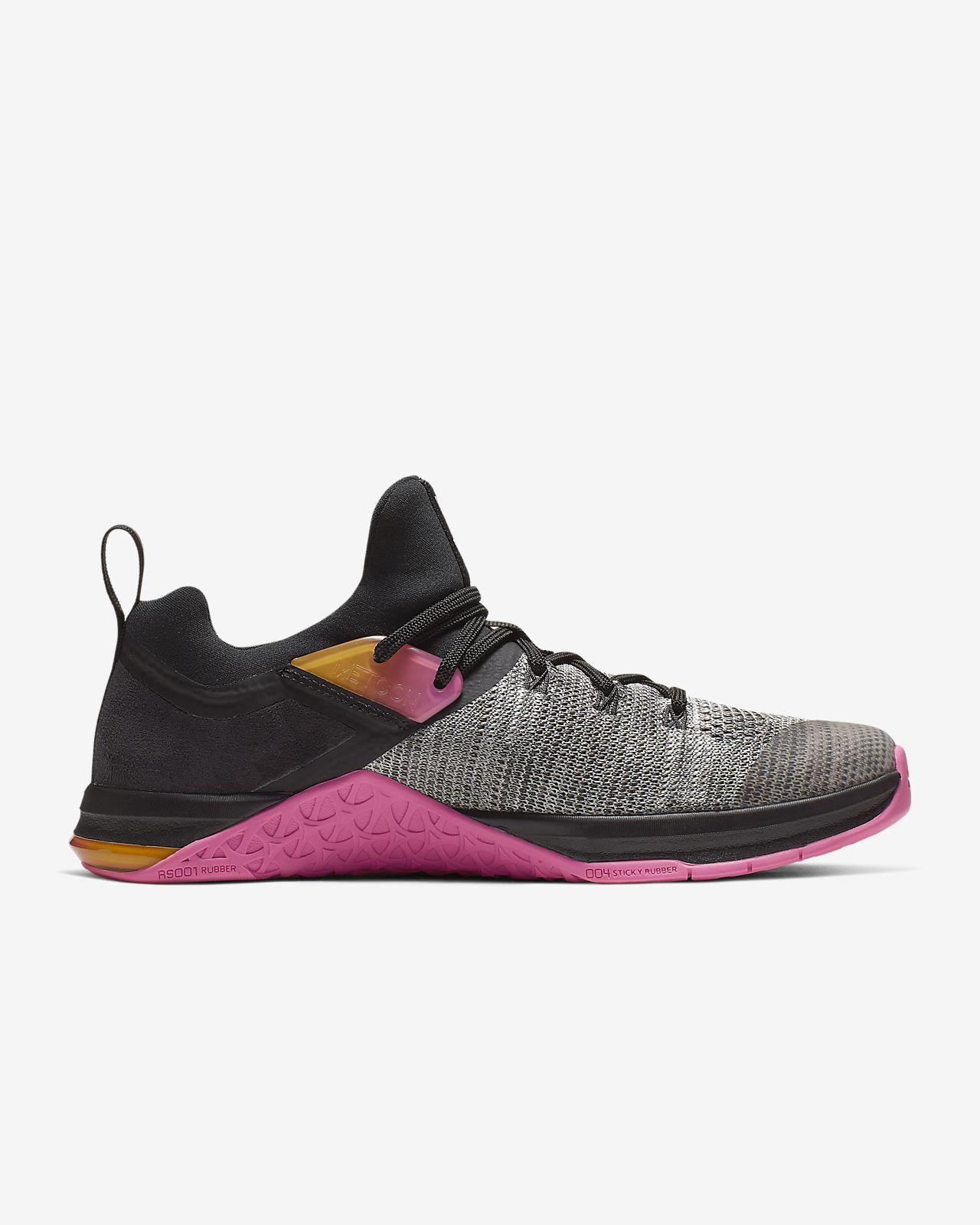 381f89876e5685 ... Chaussure de cross-training et de renforcement musculaire Nike Metcon  Flyknit 3 pour Femme