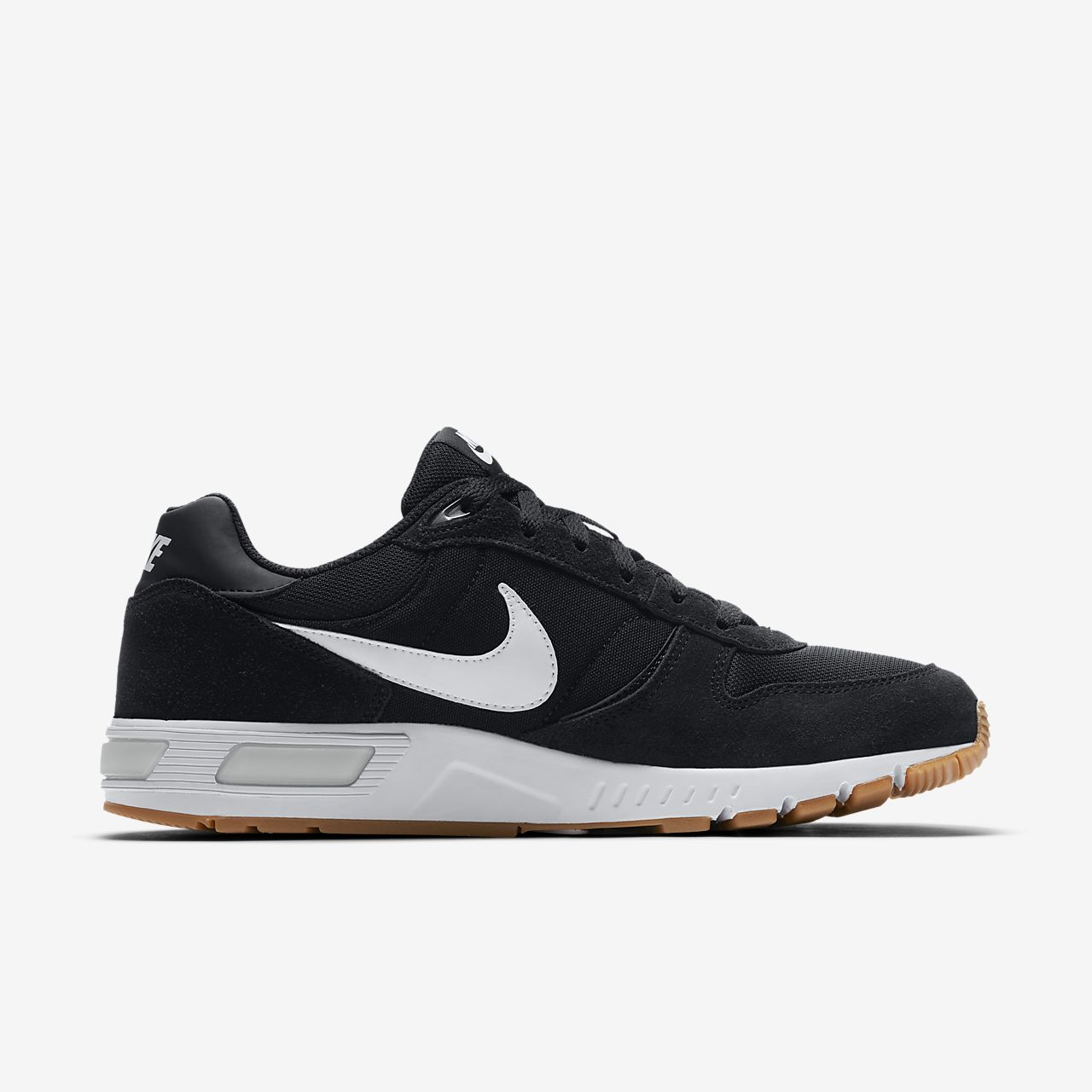 competitive price 32128 8b2c9 Chaussure pour Homme. Nike Nightgazer