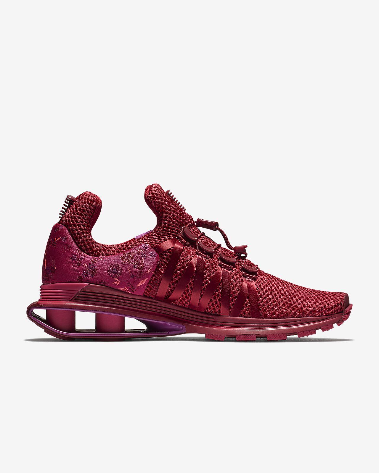 Nike Women's Shox Gravity Sneaker D0vwgrI