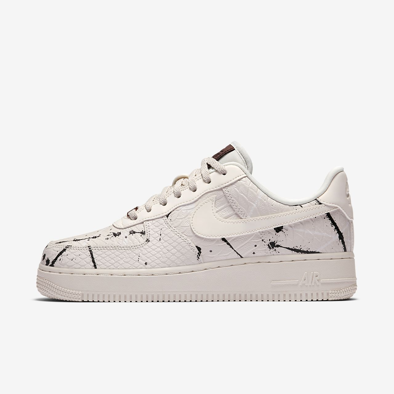 ... Nike Air Force 1 '07 LX Women's Shoe
