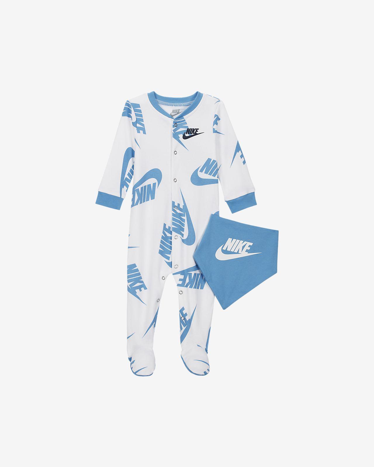 Nike Sportswear Baby Coverall & Bib 2-Piece Set