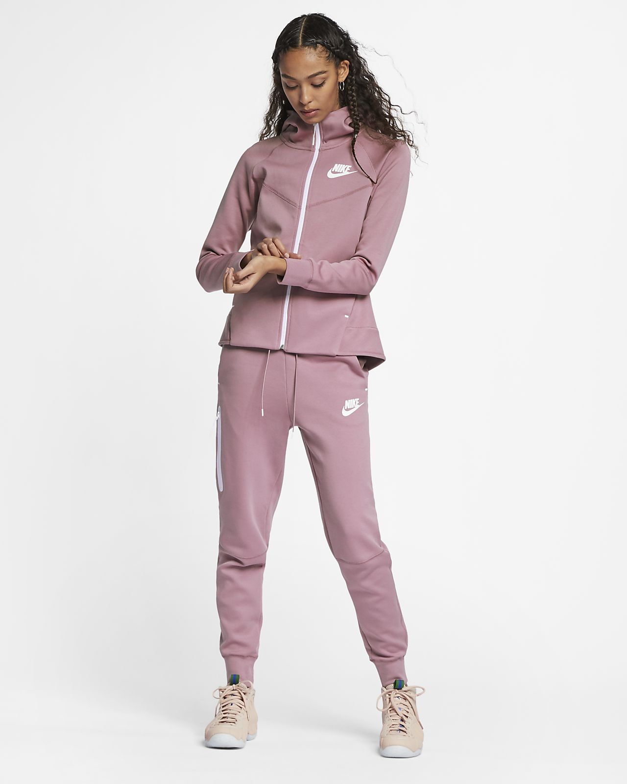 891fb30adbc Dámská mikina s kapucí a dlouhým zipem Nike Sportswear Tech Fleece  Windrunner
