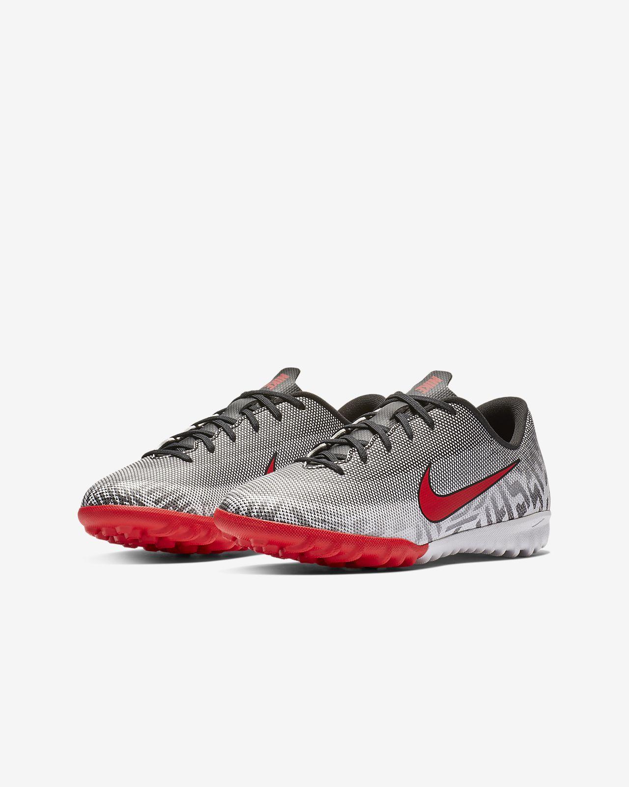 484cc447597 ... Nike Jr. Mercurial Vapor XII Academy Neymar Jr Botas de fútbol para  hierba artificial o