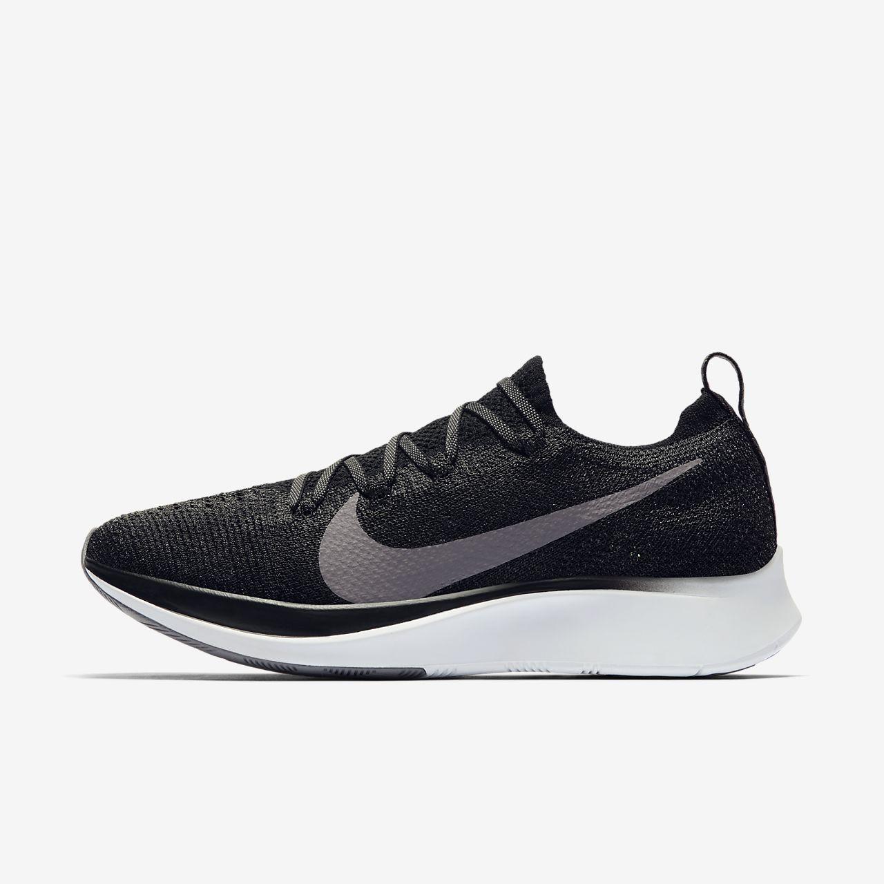 online retailer fad4a 6bee8 ... Chaussure de running Nike Zoom Fly Flyknit pour Femme