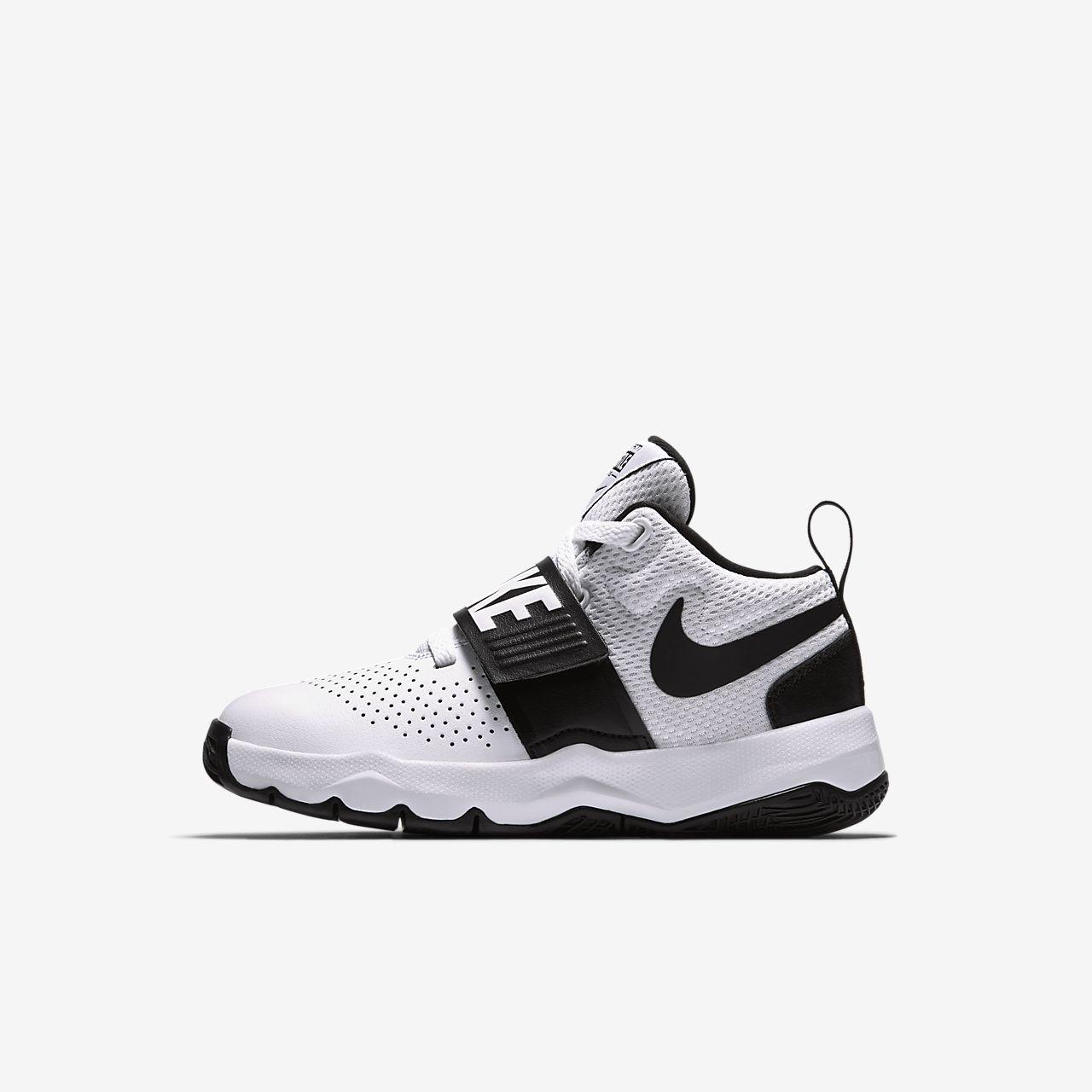 91fedc4f4002 Chaussure de basketball Nike Team Hustle D 8 pour Jeune enfant. Nike ...