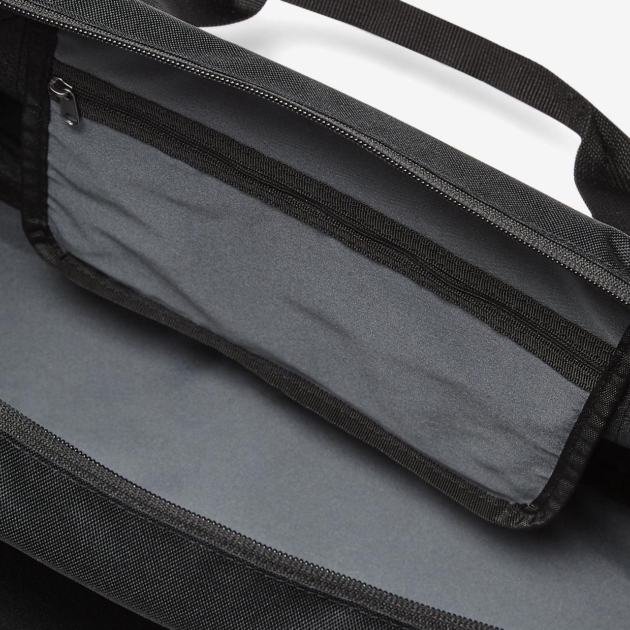 8bd3437efc77cd Nike Gym Club Kids' Duffel Bag. Nike.com GB