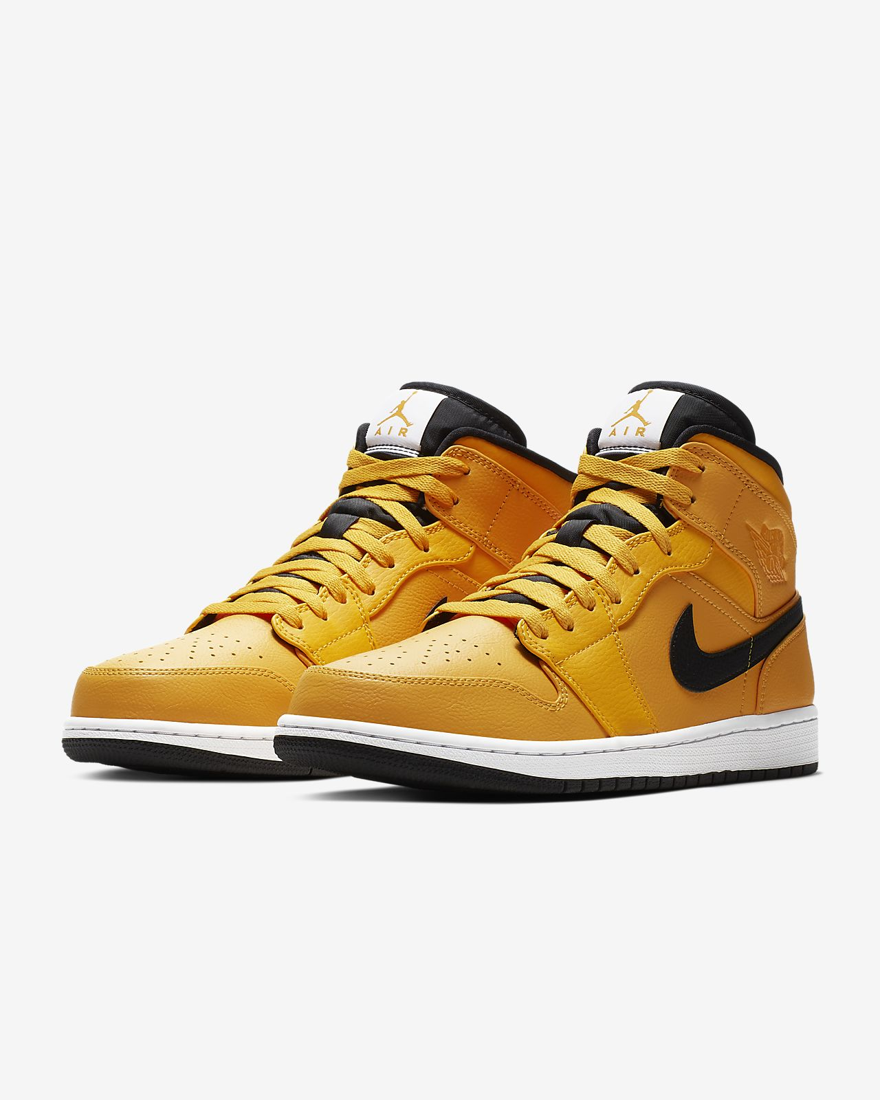 03b63ea1fb8 Air Jordan 1 Mid Men's Shoe. Nike.com