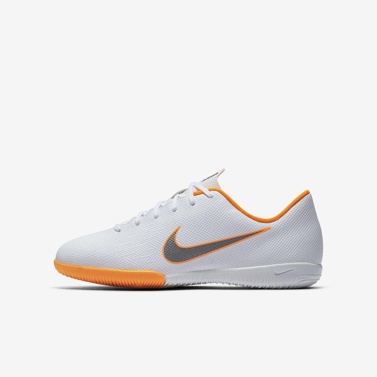 Nike Jr. MercurialX Vapor XII Academy Just Do It Zaalvoetbalschoen voor kleuters/kids