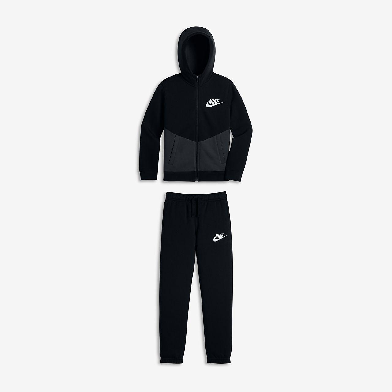 nike sportswear tuta
