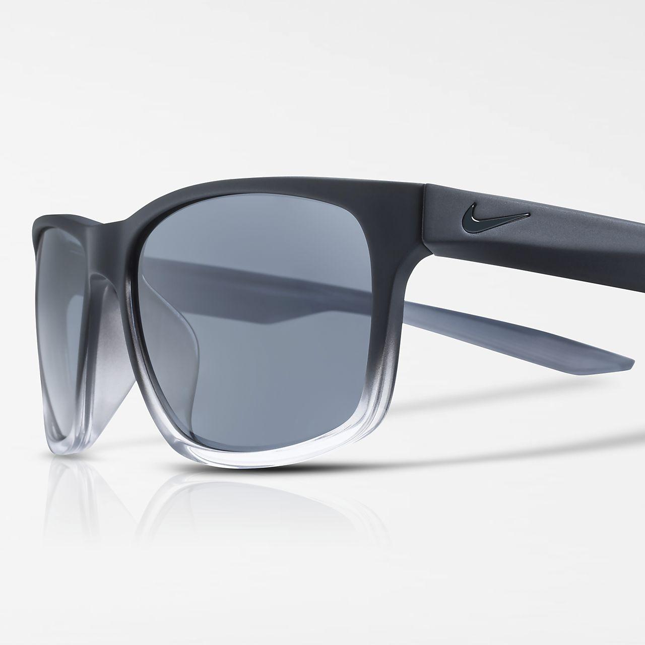 49424f6497cb Sluneční brýle Nike Essential Chaser. Nike.com CZ